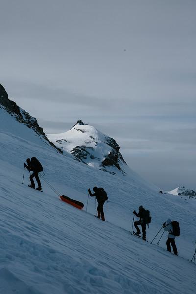 200124_Schneeschuhtour Engstligenalp_web-382.jpg