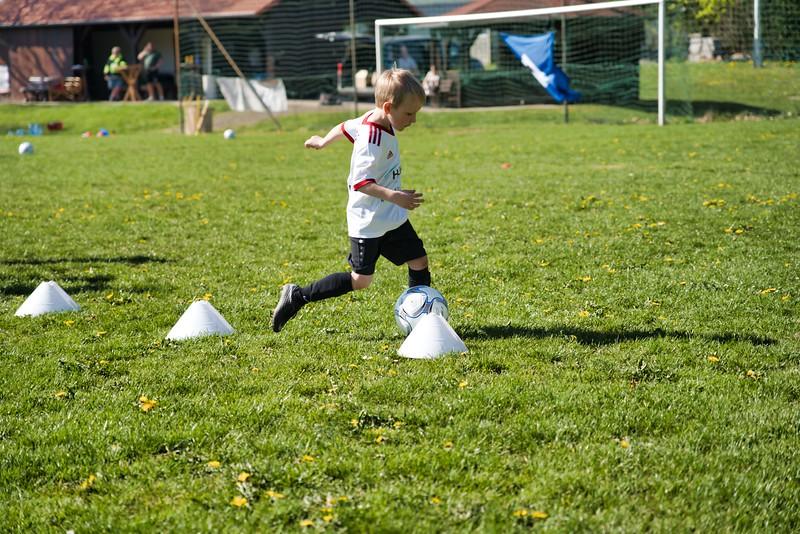 hsv-fussballschule---wochendendcamp-hannm-am-22-und-23042019-u49_32787656487_o.jpg