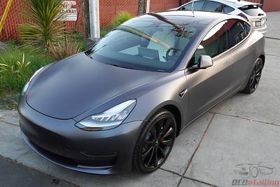Tesla Model 3 - Stealth Midnight Silver 4