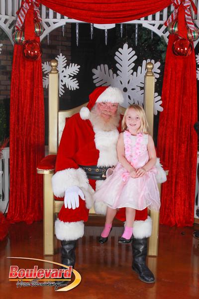 Santa 12-10-16-346.jpg