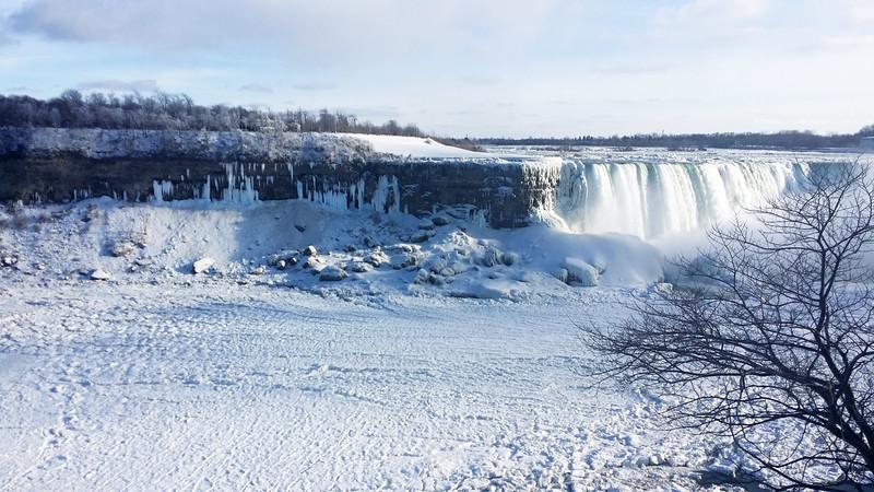 NiagaraFalls-Winter03.jpg