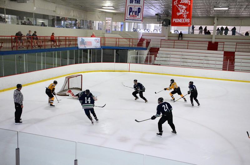 150907 Jr. Bruins vs. Whalers-063.JPG