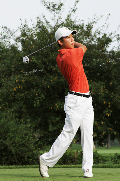 Defending Champion David Chung teeing off in the first round Tuesday.