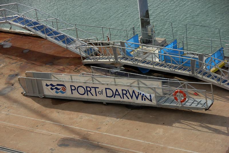 Port Darwin gangway.jpg