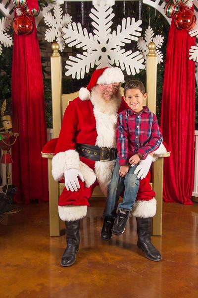 Santa 12-16-17-29.jpg