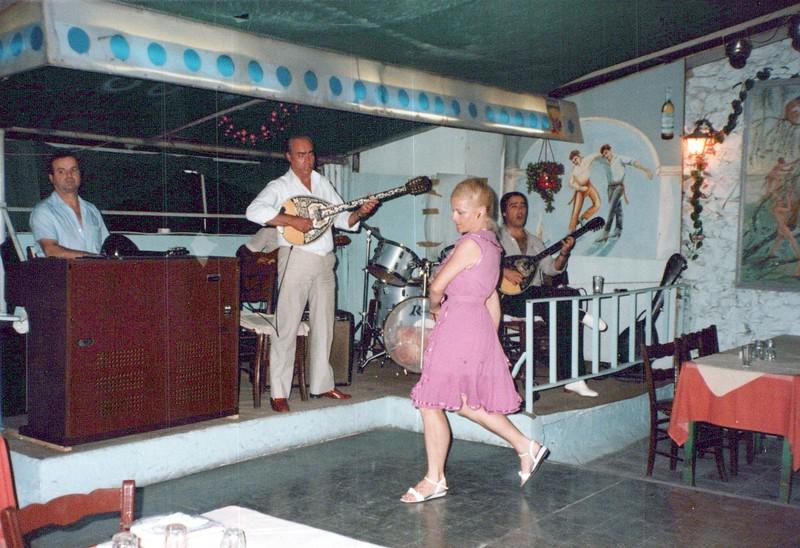 Dance-Trips-Greece_0104_a.jpg