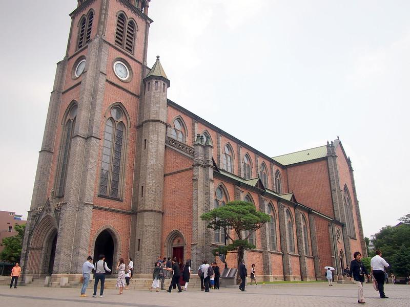 P6283935-myeong-dong-cathedral.JPG