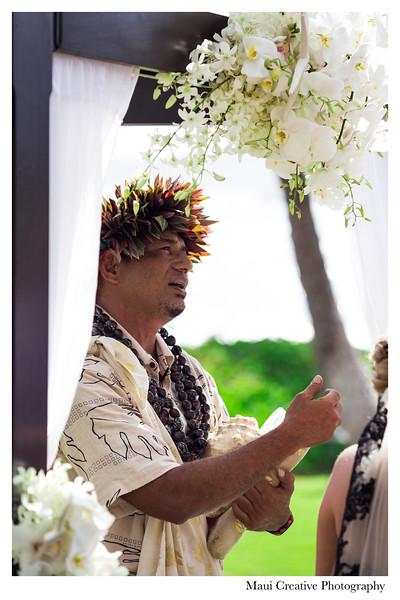Maui-Creative-Destination-Wedding-0069.jpg