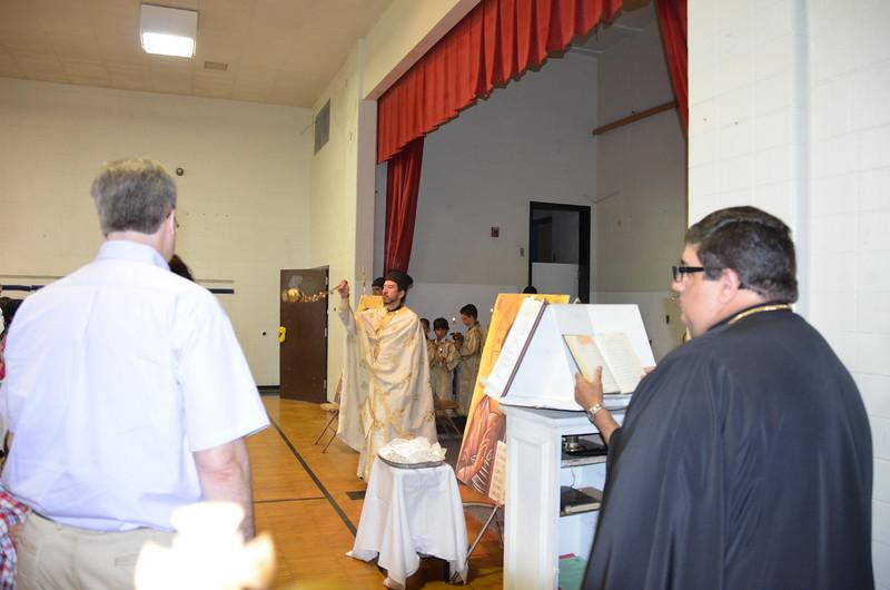 2011-06-26-First-Liturgy-at-Browns-Lane_002.JPG