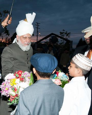 Khalifa of Islam Arrives at Baitur Rahman Mosque