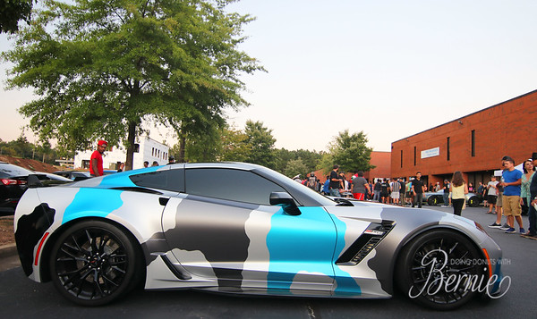 Car Park at Atlanta Custom Wraps: August 2019