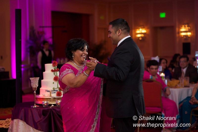 Naziya-Wedding-2013-06-08-02203.JPG