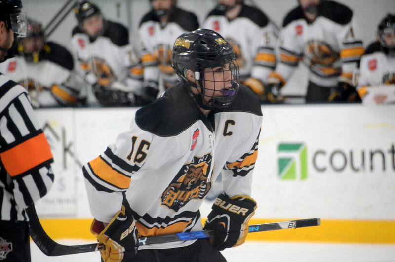 180281 Junior Bruins Hockey-002.JPG