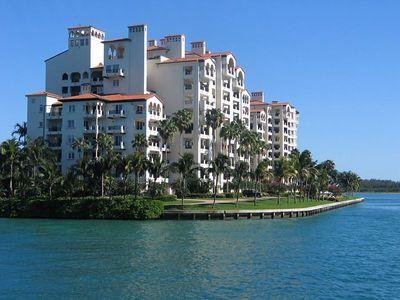 2005 Apr Miami - City and Biscane Bay Tour