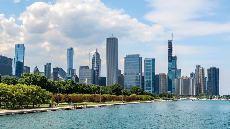 Chicago-FerrytoNavyPier01.jpg