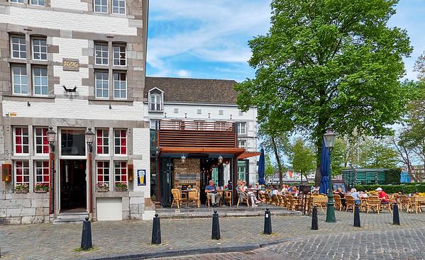 De Haar Castle & Maastricht