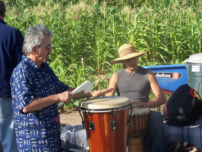 2005-10-02_LASHP_Drum-Circle_031.JPG