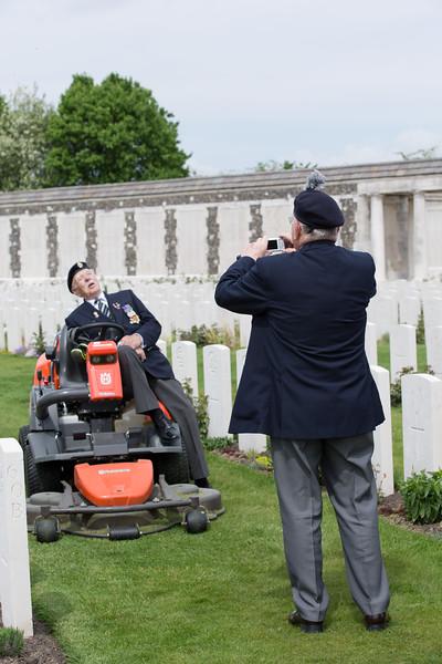 Ypres Tyne Cot Cemetery (117 of 123).jpg