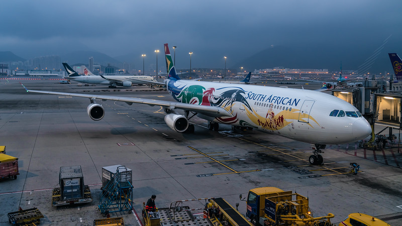 SOUTH AFRICAN AIRWAYS_A340-313_ZS-SXD_MLU_260219