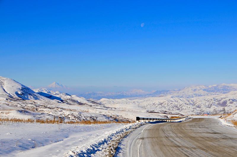081216 0381 Armenia - Yerevan - Assessment Trip 03 - Drive to Goris ~R.JPG
