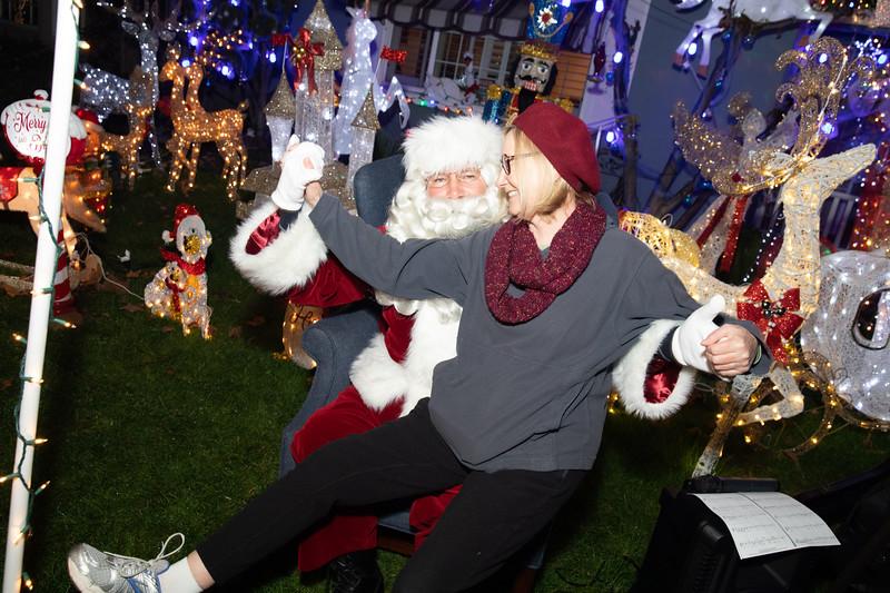 12-08-19-Christmas With Chris & Family-57.jpg