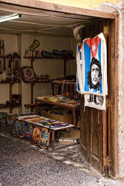 Cuba Curio shop Che.jpg