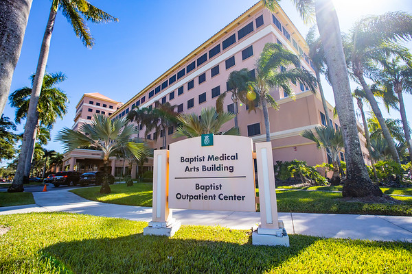 FL-003 Kendall Baptist Medical Arts Building
