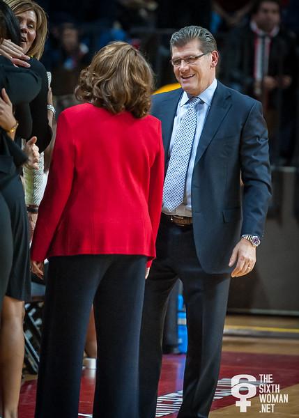 Connecticut head coach Geno Auriemma and Rutgers head coach Vivian C. Stringer