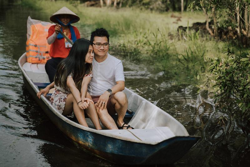Tu Nguyen Wedding Mekong River Elopement Can Tho  - Southern Vietnam 17.jpg