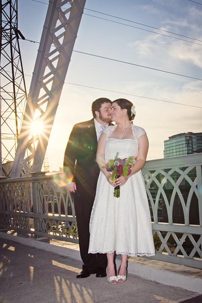 wedding photography on shelby street bridge