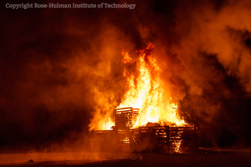 RHIT_Homecoming_2019_Bonfire-7222.jpg