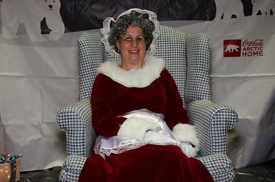 2015 AA DFW Rec Cmte With Santa