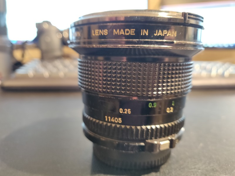 Canon FD 20mm 2.8 - Serial T1100 & 11405 004.jpg