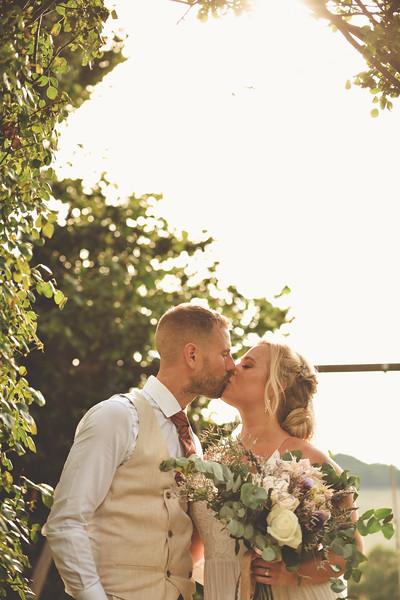 Awardweddings.fr_Amanda & Jack's French Wedding_0595.jpg