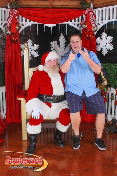 Santa 12-10-16-53.jpg