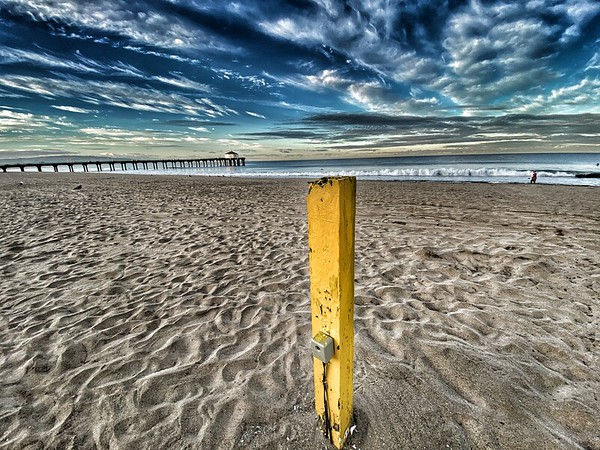 That weird yellow pole at the beach