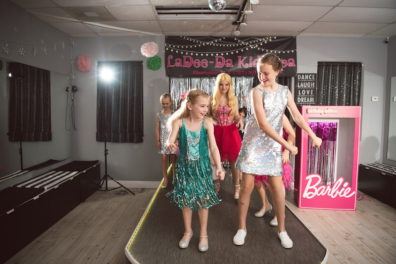 2020-0104-delaney-barbie-party-112.jpg