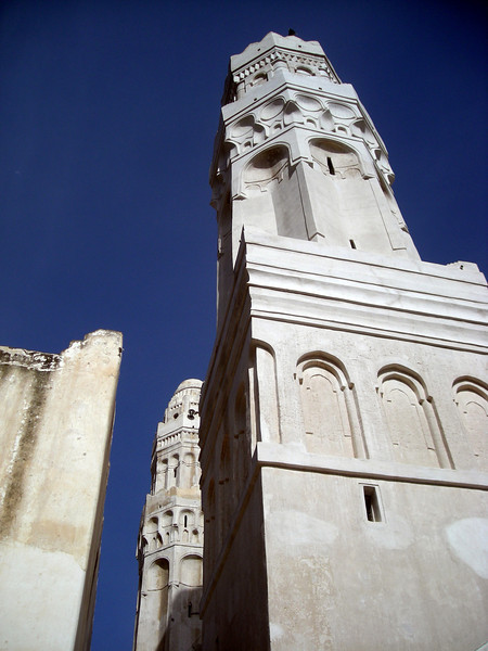 the 12th century Al-Ashaiya Mosque in Taiz