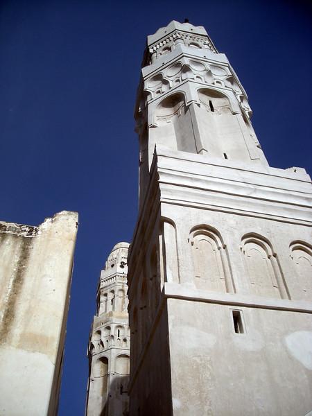 the 12th century Al-Ashaiya Mosque in Taiz