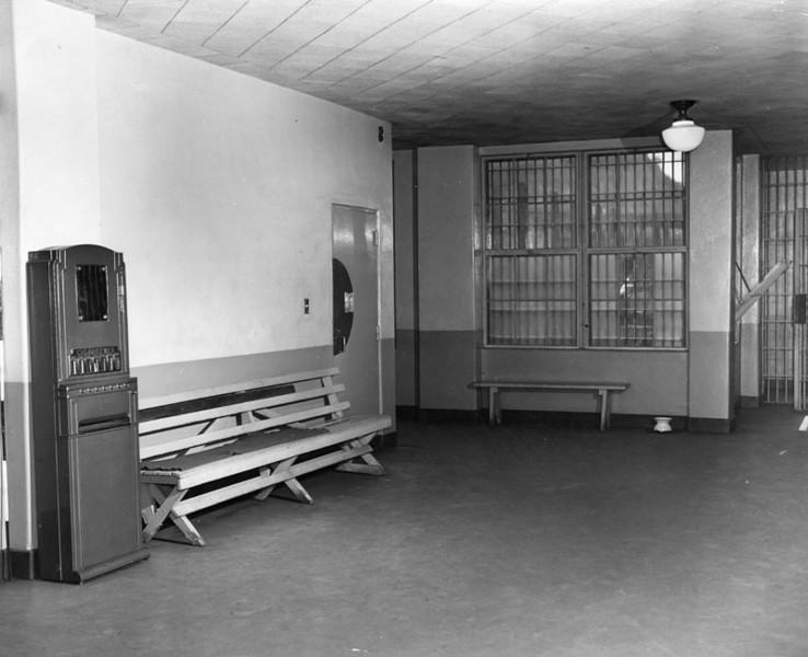 1949, Waiting Room