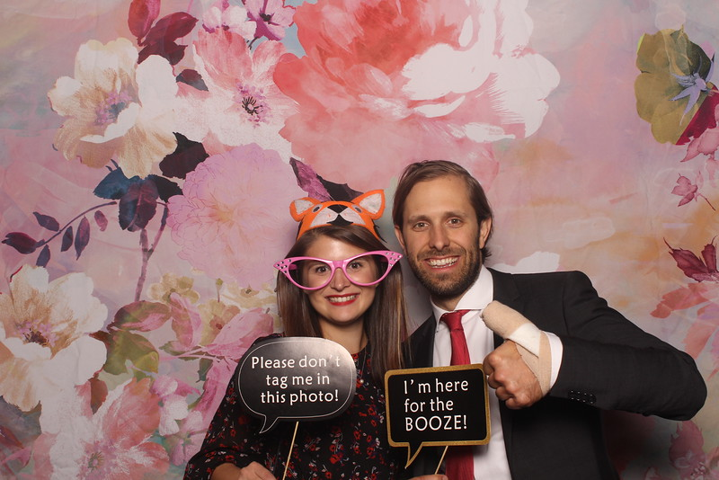 MangoStudios_Photobooth_Catherine and Sean21.jpg