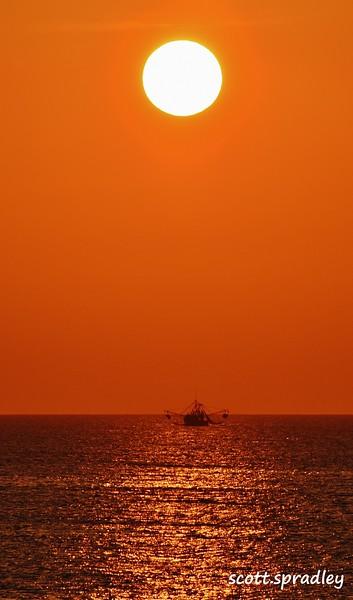 OceanArt Sunrise 2.JPG