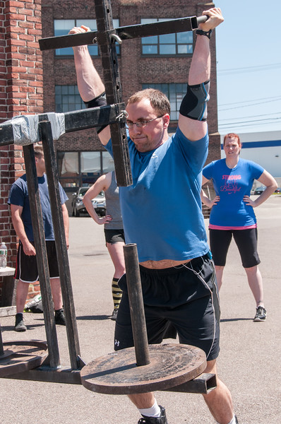Strongman Saturday 5-12-2012_ERF4819.jpg