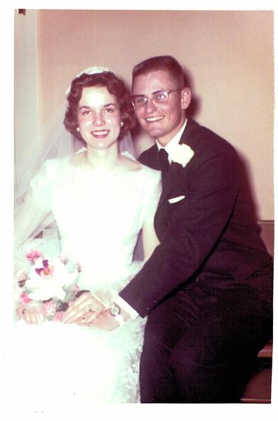 1960-CharlesHenryHilton_CarolAnnWelch_WeddingPhoto-02.jpg