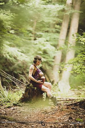 Elise /|\ Materinity Shoot