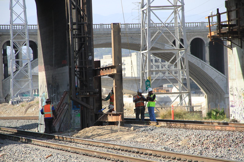 2014-05-17_NorthSpringBridge_Widening_3039.JPG