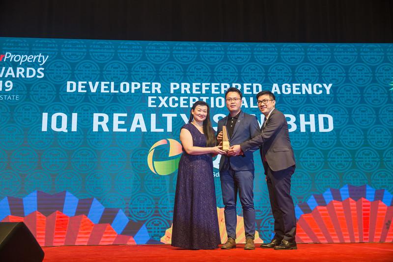 Star Propety Award Realty-564.jpg