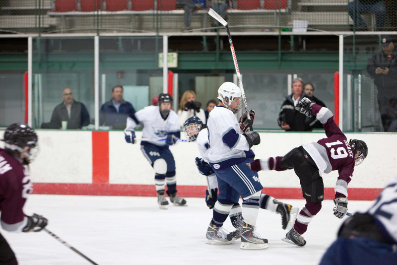 20110224_UHS_Hockey_Semi-Finals_2011_0401.jpg