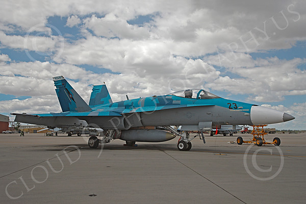 US Navy TOP GUN McDonnell Douglas F-18 Hornet Airplane Pictures [Pictures of Airplanes Assigned to the U.S. Navy's Fighter Weapons School--A Vital Part of U.S. Naval Aviation]