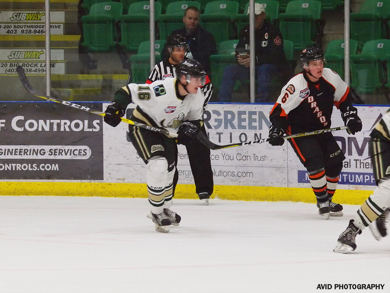 Okotoks Oilers vs Drumheller Dragons. Nov4th (157).jpg